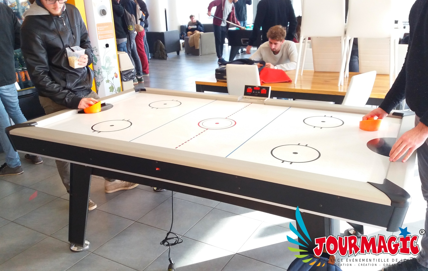 Air-Hockey ou Table à palets